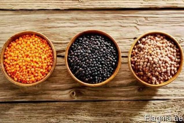 For sale: chickpeas, lentils, peas