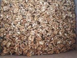 Walnut kernels / Ядро грецкого ореха
