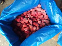 Frozen fruits from Moldova