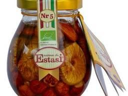 Мед с орехами и сухофруктами - фото 6