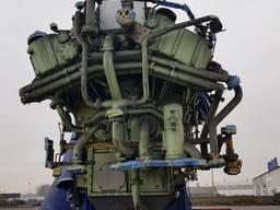 Продам корабельный двигатель фирмы Ман
