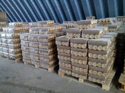 Продам топливные Брикеты Нестро (сосна) / Sell fuel briquettes Nestro (pine tree)